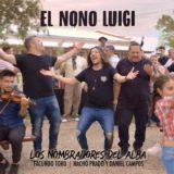 Nombradores del Alba a pura fiesta  con guitarras, violines, bombos y bailarines